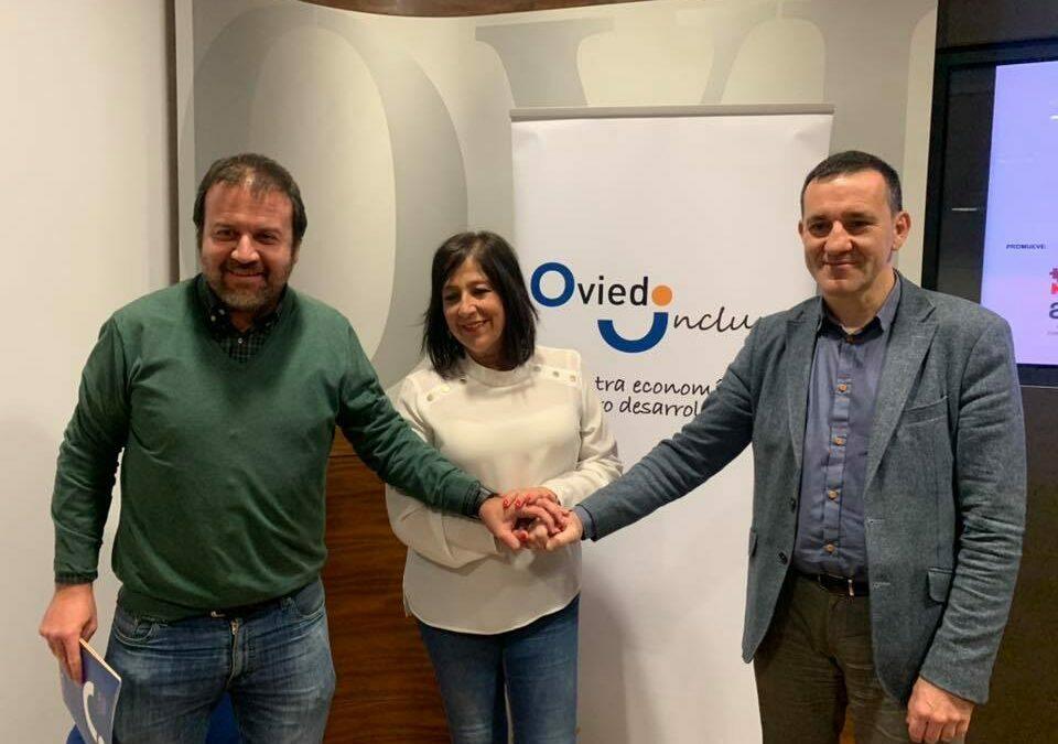 """Firma de convenio entre ADEIPA y el Ayuntamiento de Oviedo para el desarrollo de """"Oviedo Incluye"""""""